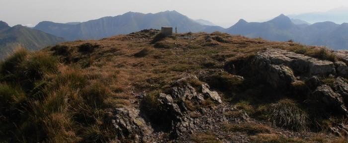 SOUM DE GRUM à 1870 mètres d'altitude par le col de Noulatte au col d'Aubisque.