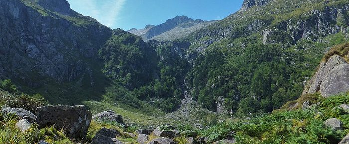 CIRQUE DE GARBETTOU à 1456 mètres d'altitude, en vallée du Garbet, dans le Haut Couserans, Ariège.