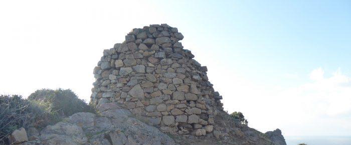 TOUR DE PELUSELLA à 130 mètres d'altitude à la pointe nord du Golfe de Lava, sur la commune d'Appietto,en Corse du Sud