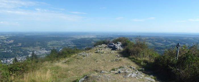 PIC DE JER à 948 mètres d'altitude, à l'entrée Sud de la ville de Lourdes, Hautes-Pyrénées.