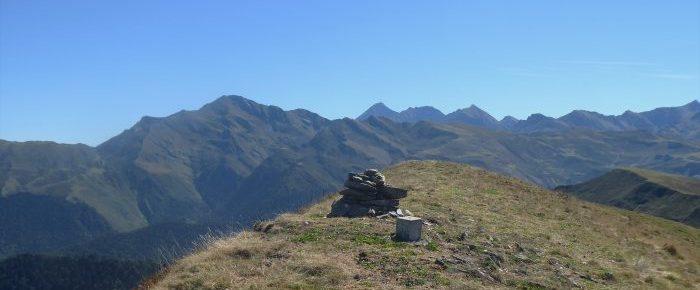 SOUM DE DABANT-AYGUE à 1745 mètres d'altitude, depuis le col de Tramassel à Hautacam, sur la commune de Beaucens, Hautes-Pyrénées