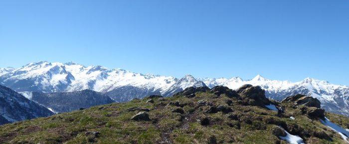 SOUM DE MAUCASAU à 1742 mètres d'altitude, sur la station du Hautacam, commune de Beaucens, Hautes-Pyrénées.